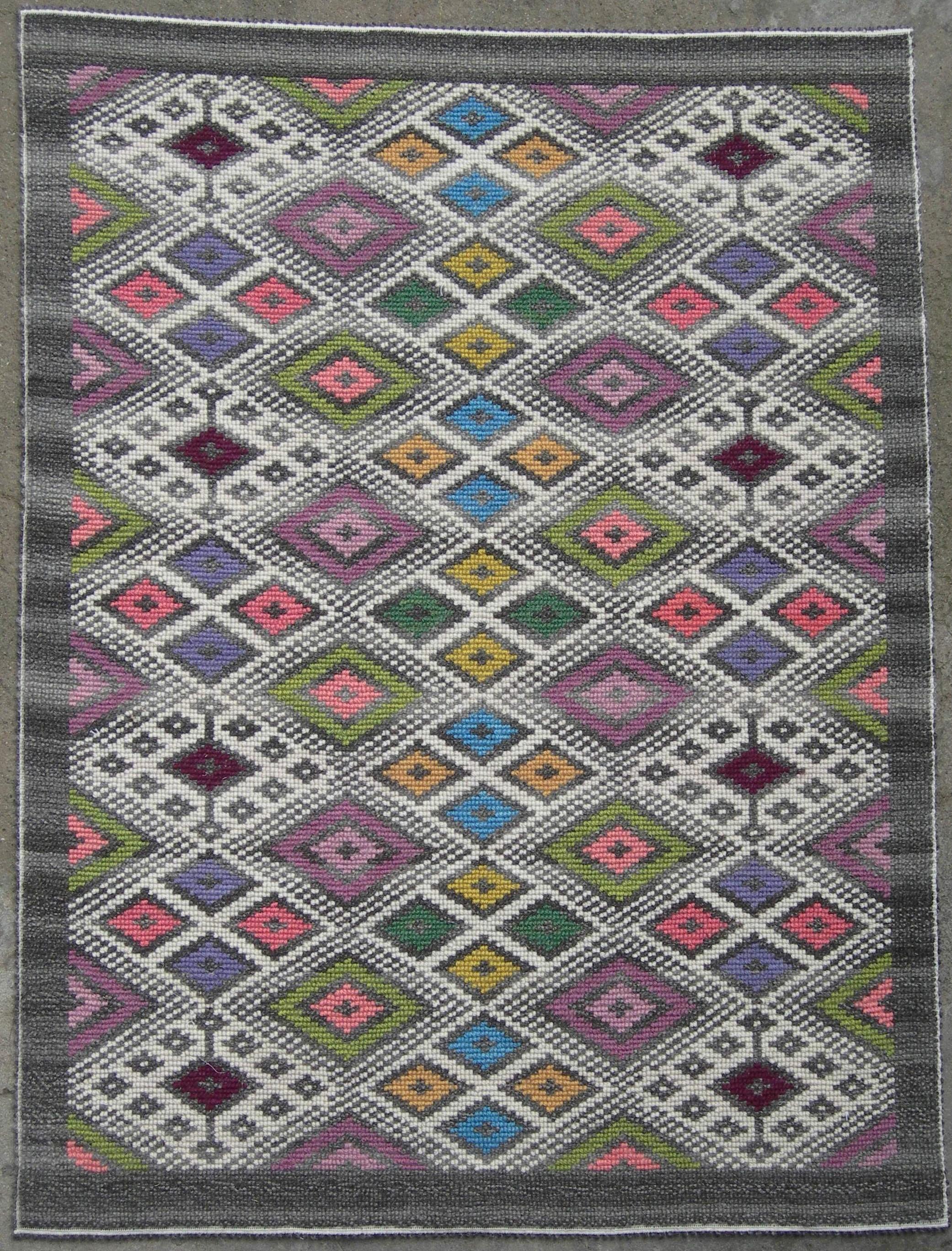 Tappeti colorati tappeti colorati moderni u casamia - Tappeti quadrati moderni ...